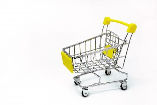 海外在住でネットショップ開業。出店方法や海外から発送する時の注意