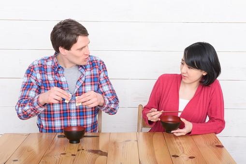 国際結婚あるある 食事は合わないし習慣の違いや子育てに戸惑うこと